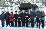 У мемориала «Североморцам, не вернувшимся с войны».